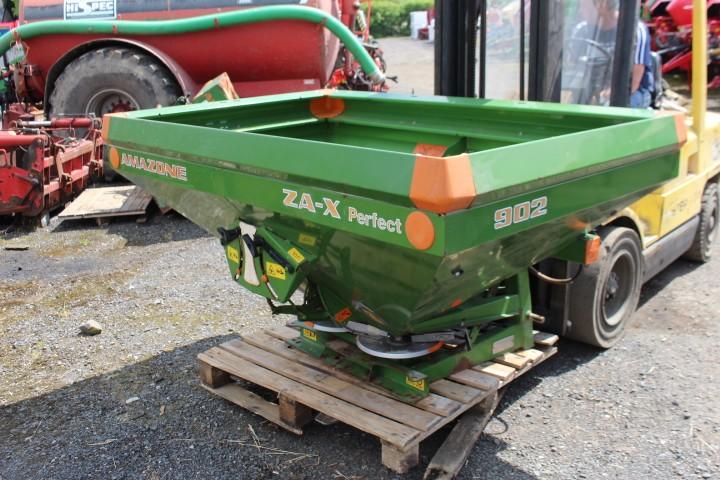 Amazone ZA-X 902 Fert Sower