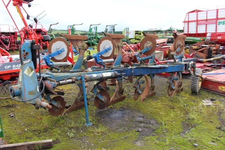 Overum 4F Plough