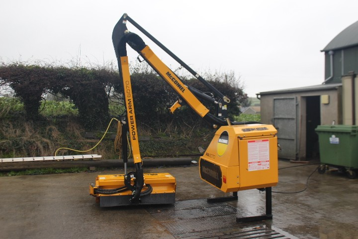 McConnel PA6070 Hedgecutter