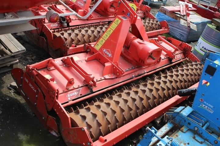 Kuhn HR3004 Power Harrow