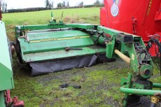 John Deere 1365 Trailer Mower